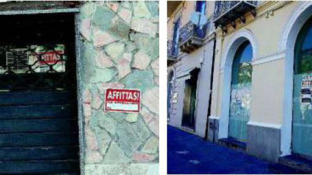 commercio, negozi chiusi, Catanzaro, Calabria, Archivio