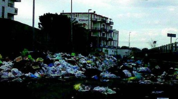 emergenza rifiuti, Calabria, Archivio