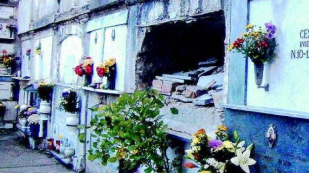 tomba vuota, Catanzaro, Calabria, Archivio