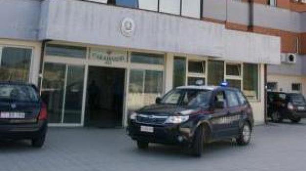carabinieri, denuncia, furti, roggiano gravina, Sicilia, Archivio