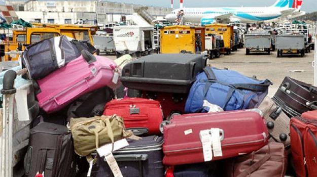 bagagli aeroporto, Catanzaro, Calabria, Archivio, Cronaca