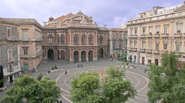catania, droga, teatro massimo, Sicilia, Archivio