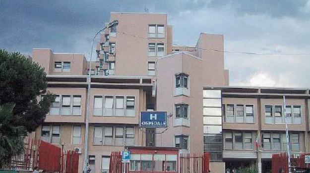 cade dal balcone, pietrapaola, Calabria, Archivio