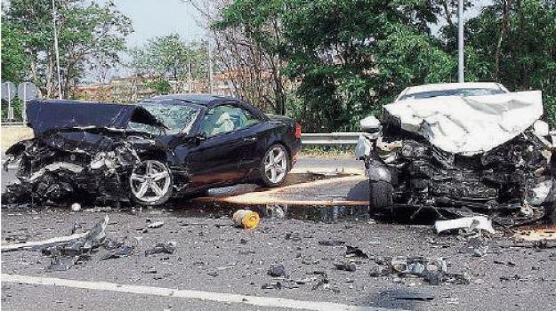 incidente stradale, montepaone, Catanzaro, Calabria, Archivio