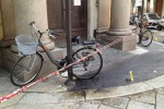 Rapina a Milano con lancio di molotov