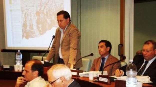 consiglio comunale, ivan nicoletti, ndrangheta, operazione stop, rossano, Calabria, Archivio