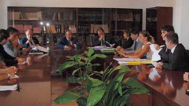 eni vibo, Catanzaro, Calabria, Archivio