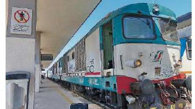 treno, Catanzaro, Calabria, Archivio