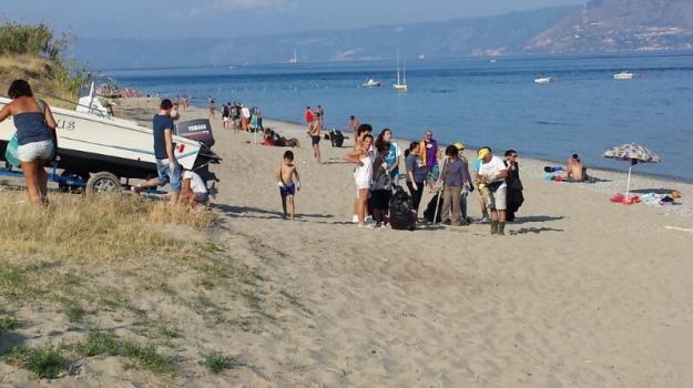 pulizia spiagge, Messina, Archivio