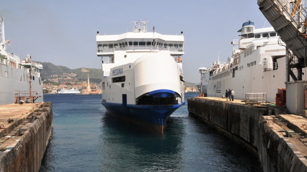 bluferries, Messina, Archivio