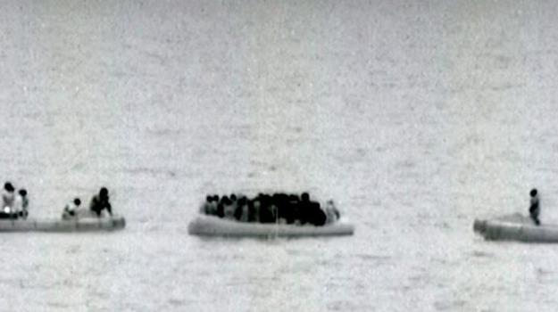 marina militare, migranti, nave fulgosi, pozzallo, Sicilia, Archivio