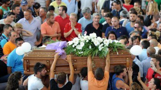 bus, funerali, pozzuoli, Sicilia, Archivio, Cronaca