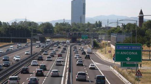 autostrade, bollino rosso, traffico, Calabria, Archivio