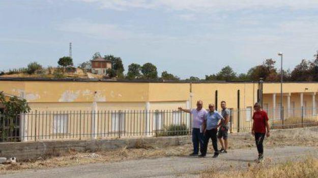 abbandono, carlo guccione, giovanni forciniti, pd, strutture sanitarie, Cosenza, Calabria, Archivio