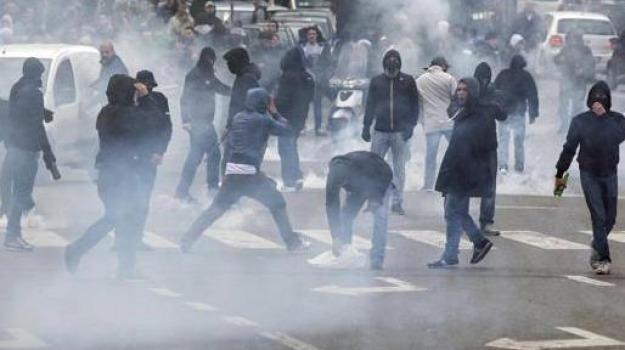 arresti, carabinieri, coppa italia, dilettanti, rossanese, scontri tifosi, trebisacce, Calabria, Archivio