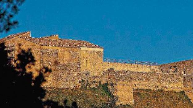 castello svevo, Cosenza, Calabria, Archivio