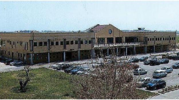 aeroporto crotone, Catanzaro, Calabria, Archivio