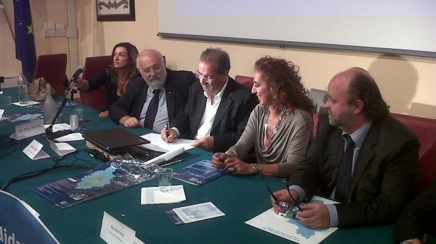 firma, parco sila, protocollo, Calabria, Archivio
