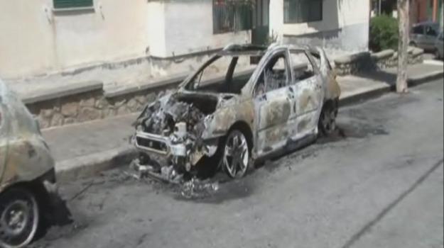 auto incendiata, carlo pecoraro, comune cosenza, intimidazione, Cosenza, Calabria, Archivio
