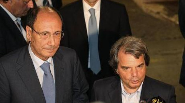 berlusconi, brunetta, decadenza, ultimatum, Sicilia, Archivio, Cronaca