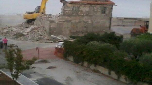 aterp, comune cetraro, demolizione rudere, giuseppe aieta, tribunale paola, Sicilia, Archivio