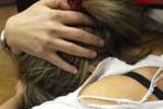 13enne ubriaco molesta la madre costretta a dargli alcool