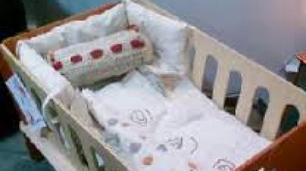 autopsia, neonata, paola, rigurgito, Calabria, Archivio