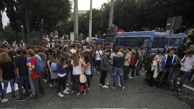 studenti in piazza, Calabria, Archivio