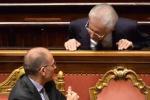 """Monti attacca Letta """"Inginocchiato al Pdl"""""""