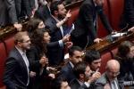 Bagarre alla Camera per la legge elettorale