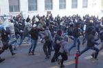 Studenti con i Forconi la protesta si allarga