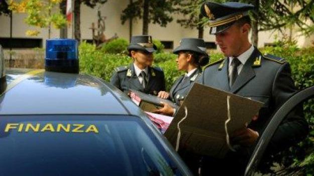 arresto, bar, baschi verdi, corigliano, sequestro, video poker, Calabria, Archivio