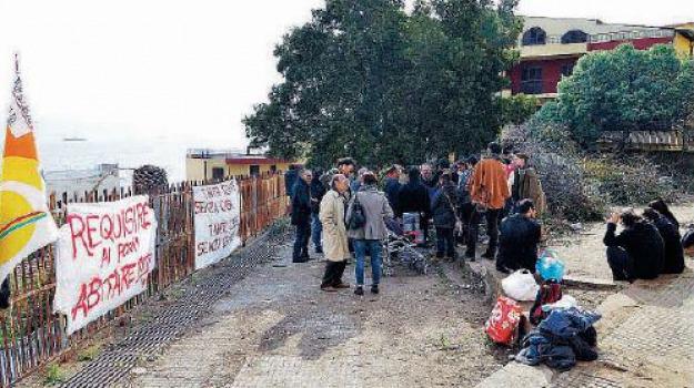 emergenza abitativa, scuola occupata, Messina, Archivio