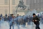 Forconi, scontri a Torino e Genova