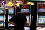 Gioco d'azzardo, in Calabria si spendono 575 milioni all'anno e i punti gioco aumentano