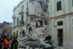 Crolla una palazzina: un morto e 4 feriti