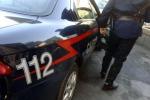 Direttrice supermarket accoltellata durante una rapina, ferita