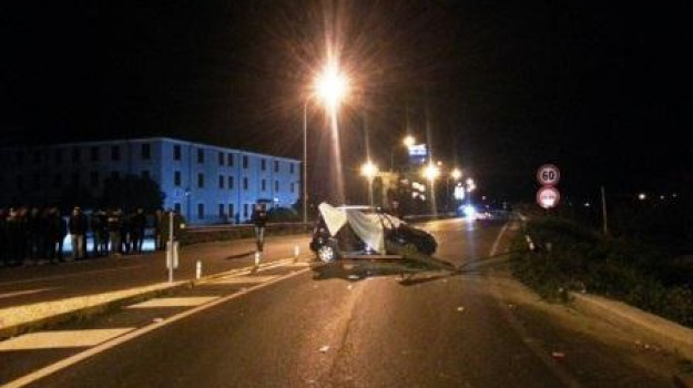 fabio pugliese, incidente stradale, rossano-corigliano, ss 106, Calabria, Archivio
