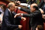 "Renzi ""Cambiare unica chance"" Bersani torna in aula"