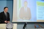 Renzi per i soldi in busta paga pronto anche al decreto legge