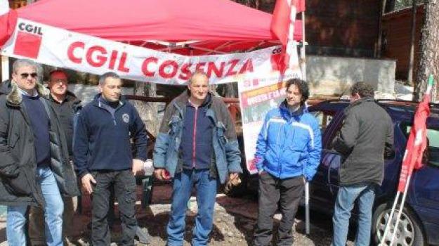 cgil cosenza, impianti risalita camigliatello, lorica, sit-in, Calabria, Archivio