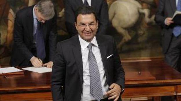 antonio gentile, dimissioni, sottosegretario, Calabria, Archivio