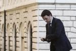Renzi: chi ha avuto troppo adesso restituisca