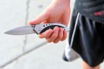 Duello a colpi di coltelli da cucina tra due giovani per una ragazza a Corigliano Rossano