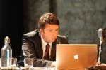 Renzi promette rilancio dell'economia