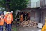 Crolla parte di un edificio Muore un'anziana