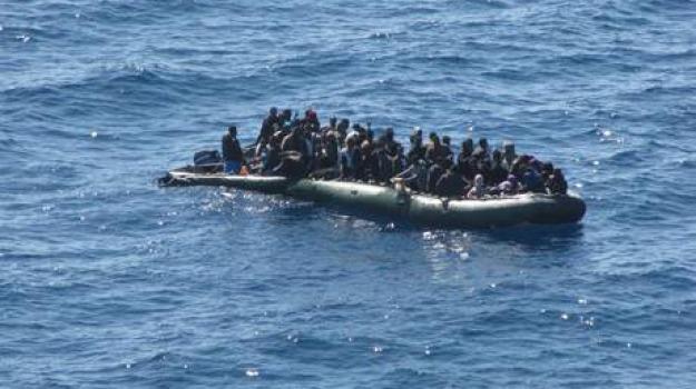 migranti, pozzallo, sbarco, Sicilia, Archivio