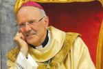 Mons. Galantino: basta tabù su gay e preti sposati