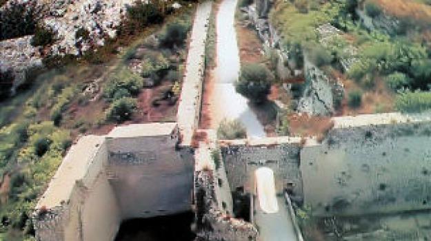 noto, rapina, villa del tellaro, Sicilia, Archivio