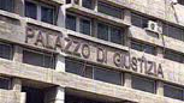 cosenza, falsi incidenti, polstrada, processo all included, Cosenza, Archivio